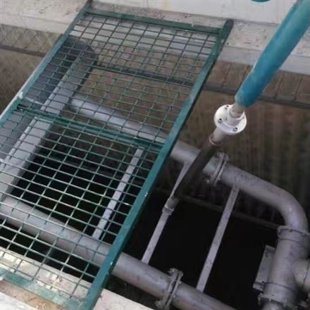 浮筒滗水器工作原理