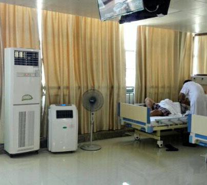 医用空气消毒机在血透中心大厅联机使用