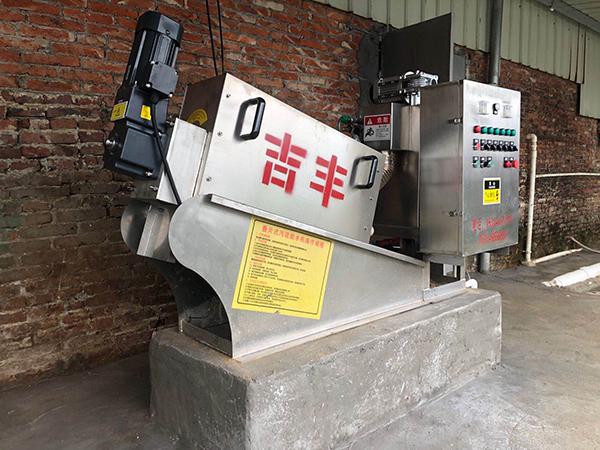 如何比较叠螺式污泥脱水机的品质?