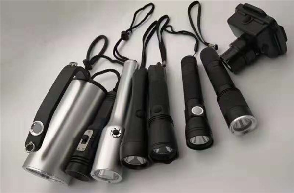 充电头灯SW2210  LED微型防爆头灯3W