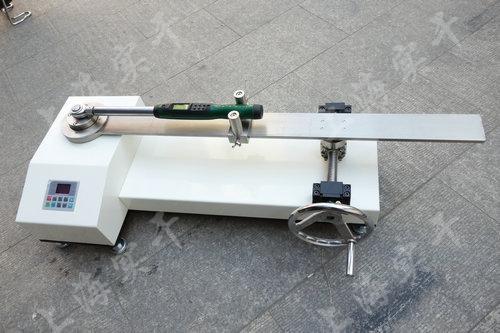 <strong>30-300N.m扭矩扳手测试仪</strong>